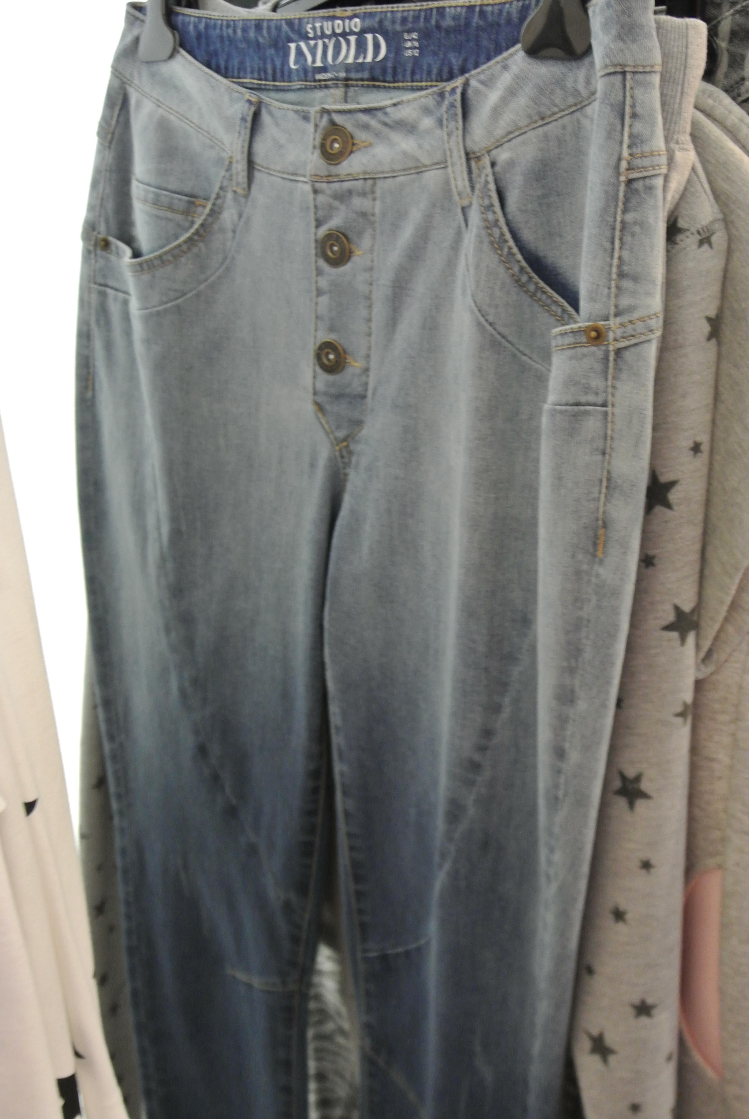 Studio Untold Jeans