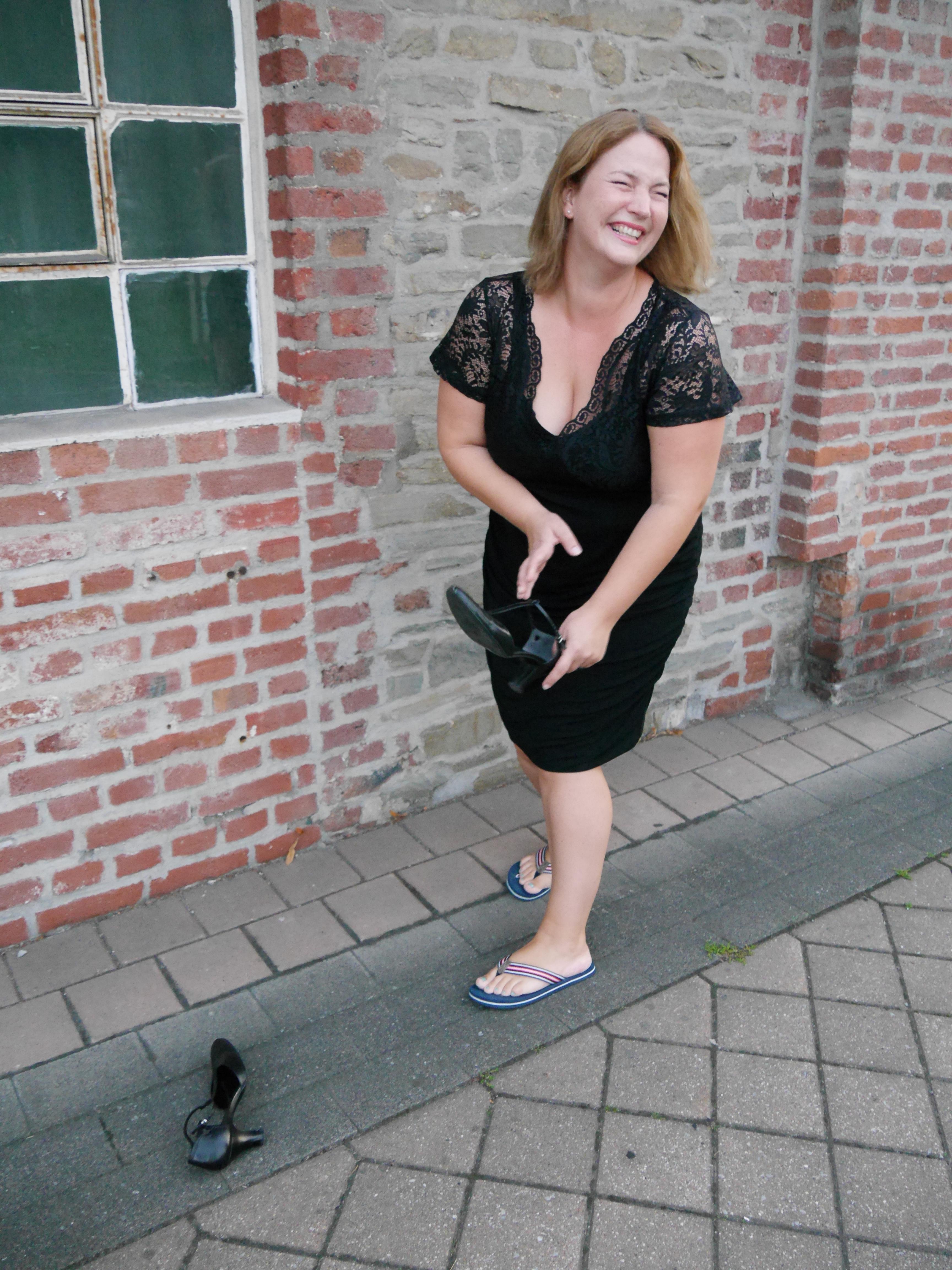 Sheego Anna Scholz Kleid schwarz Spitze Julia Werner