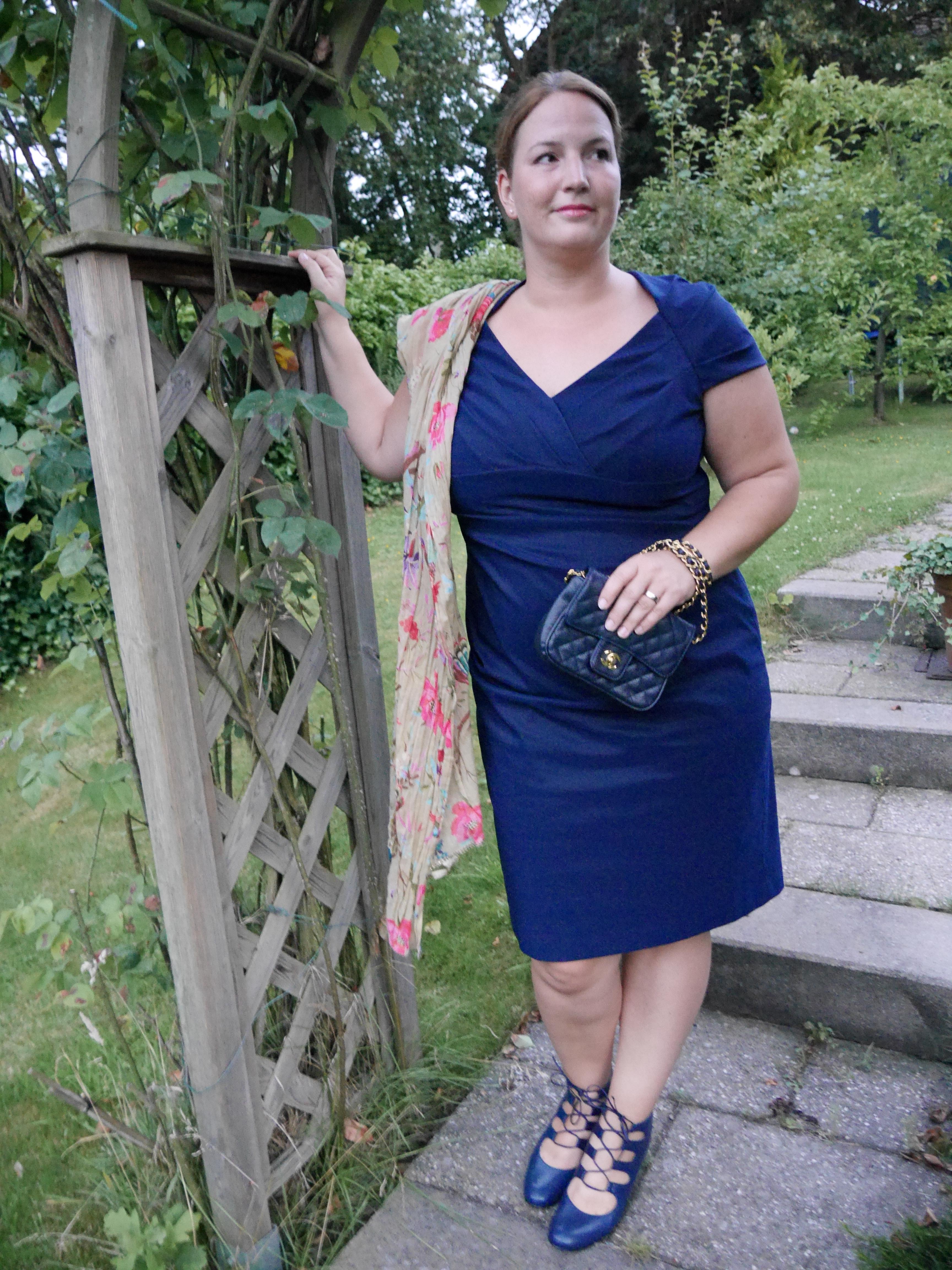 Wedding Guest Outfit - DAS blaue Kleid - INBETWEENIE MUST HAVES