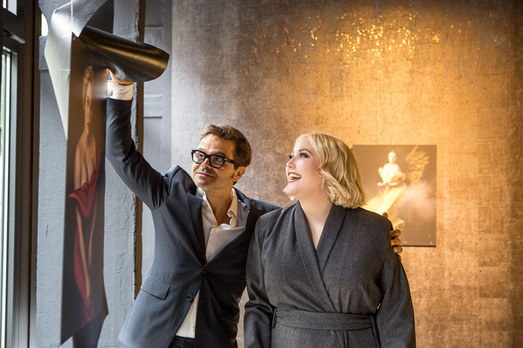 sheego Kurvenstars 2017_sheego by vierfotografen.de_Hayley Hasselhoff und Kristian Schuller_0008394