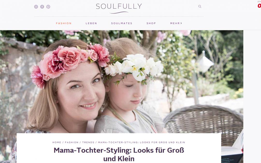 Outfitideen für Mama und Tochter: Blumenkleider